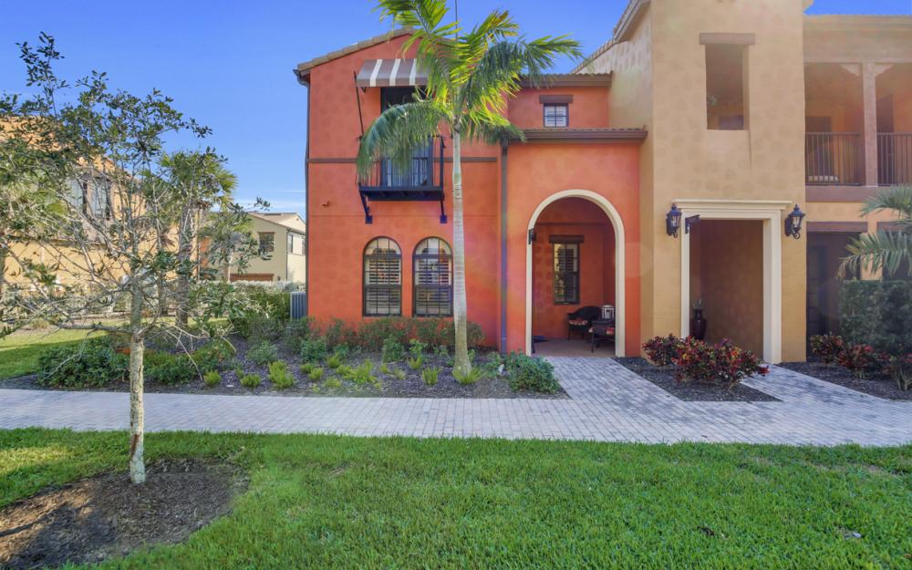 11837 Adoncia Way, Fort Myers - Home For Sale 1039985934