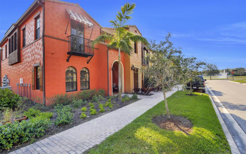 11837 Adoncia Way, Fort Myers - Home For Sale 292094778