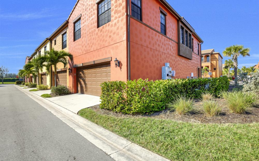 11837 Adoncia Way, Fort Myers - Home For Sale 281136989