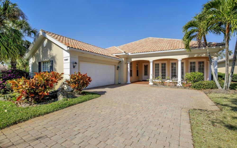 3987 Upolo Ln, Naples - Home For Sale 88249503