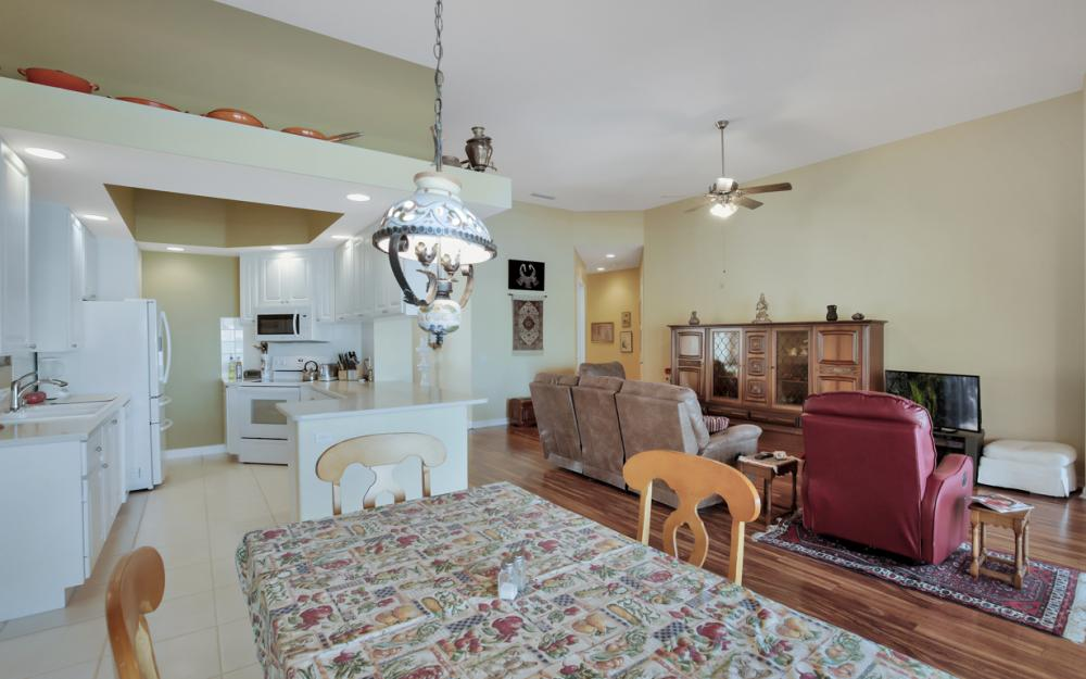 3987 Upolo Ln, Naples - Home For Sale 1759795643