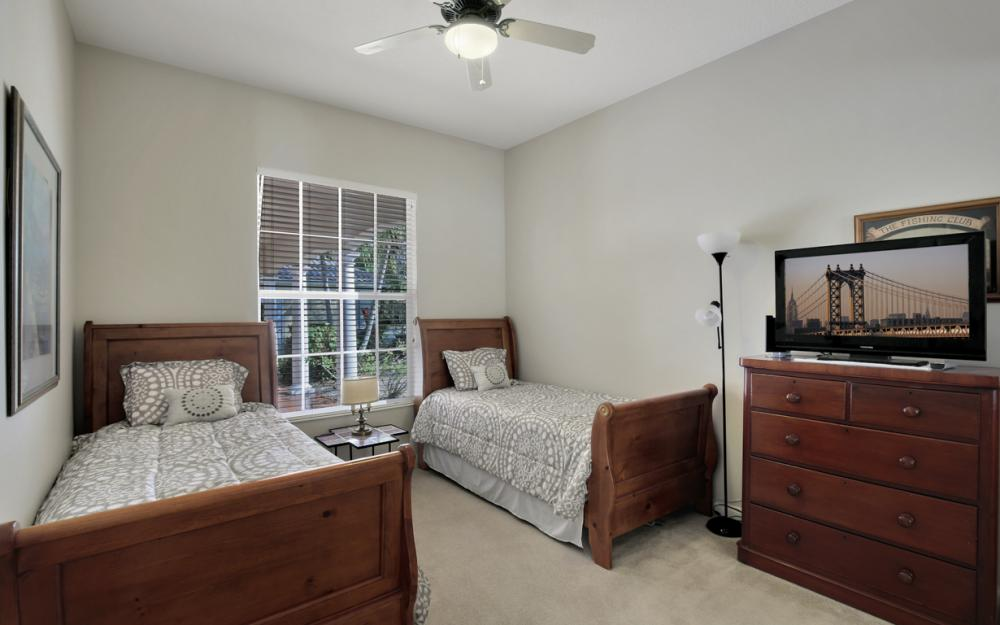 3987 Upolo Ln, Naples - Home For Sale 579976828