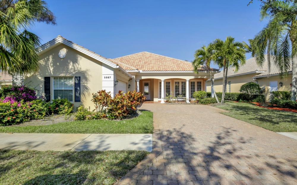 3987 Upolo Ln, Naples - Home For Sale 1685801304