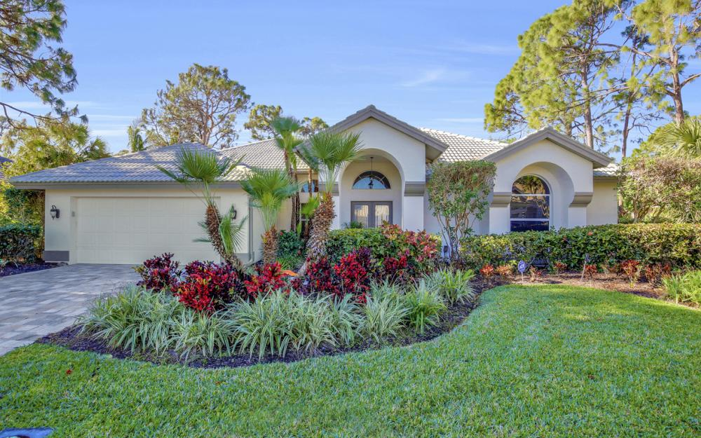 3761 Lakemont Dr, Bonita Springs - Home For Sale 2005510485