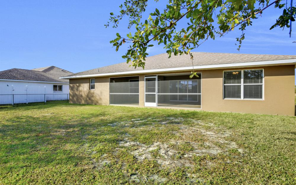 2510 NW 25th St, Cape Coral - Home For Sale 1194746277