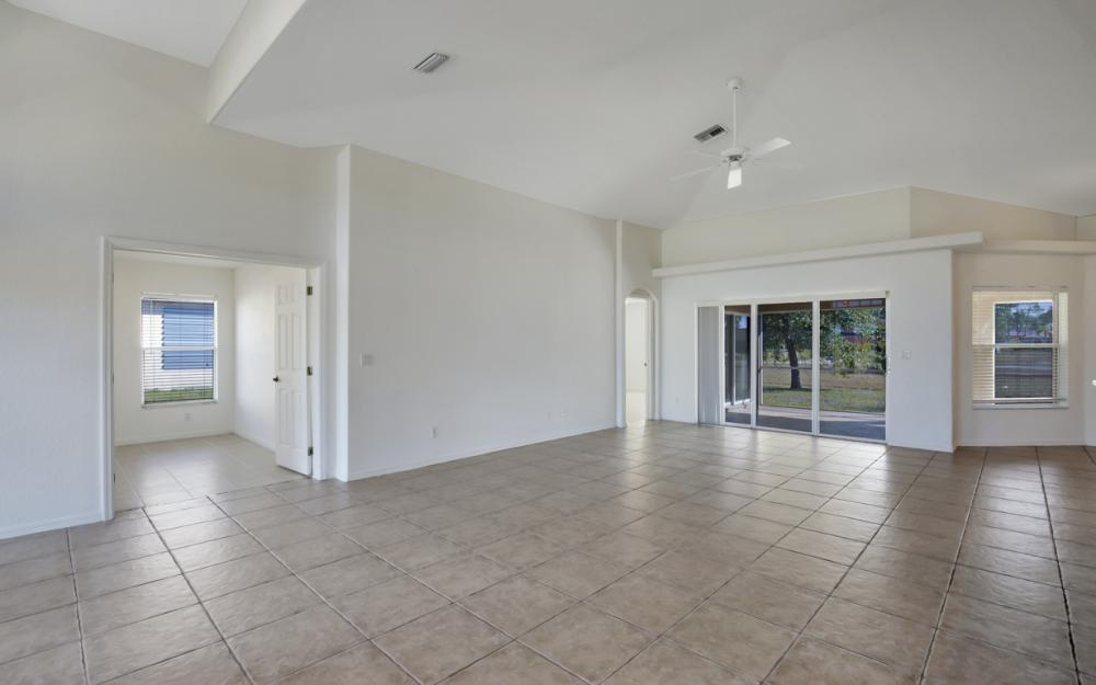 2510 NW 25th St, Cape Coral - Home For Sale 2069598969