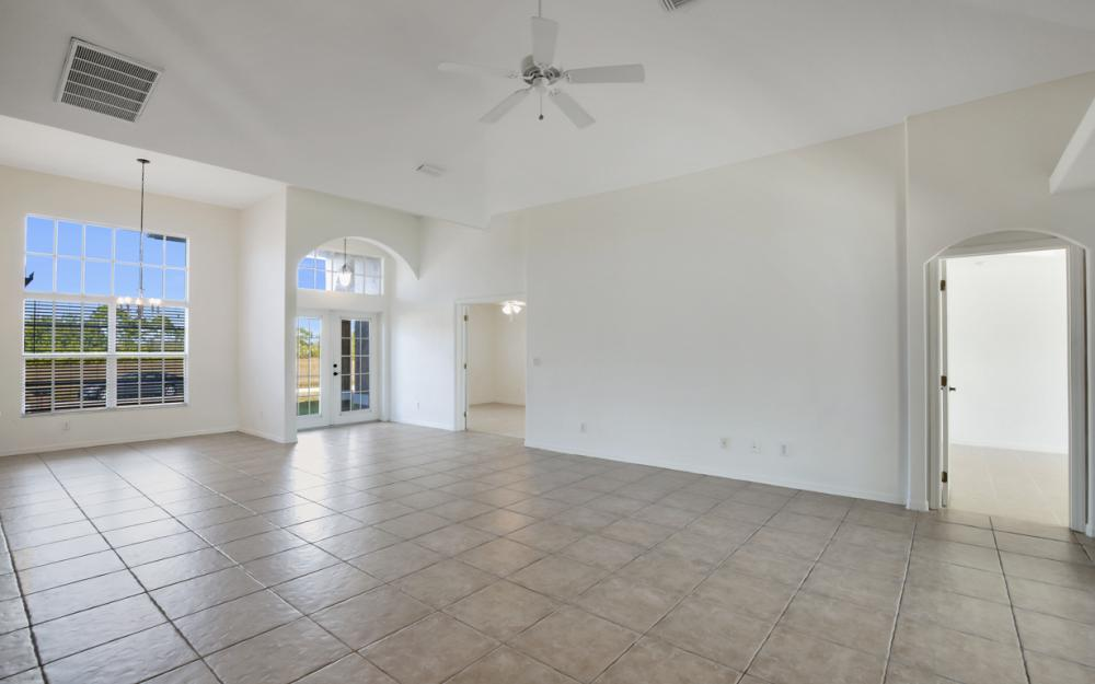 2510 NW 25th St, Cape Coral - Home For Sale 550998806