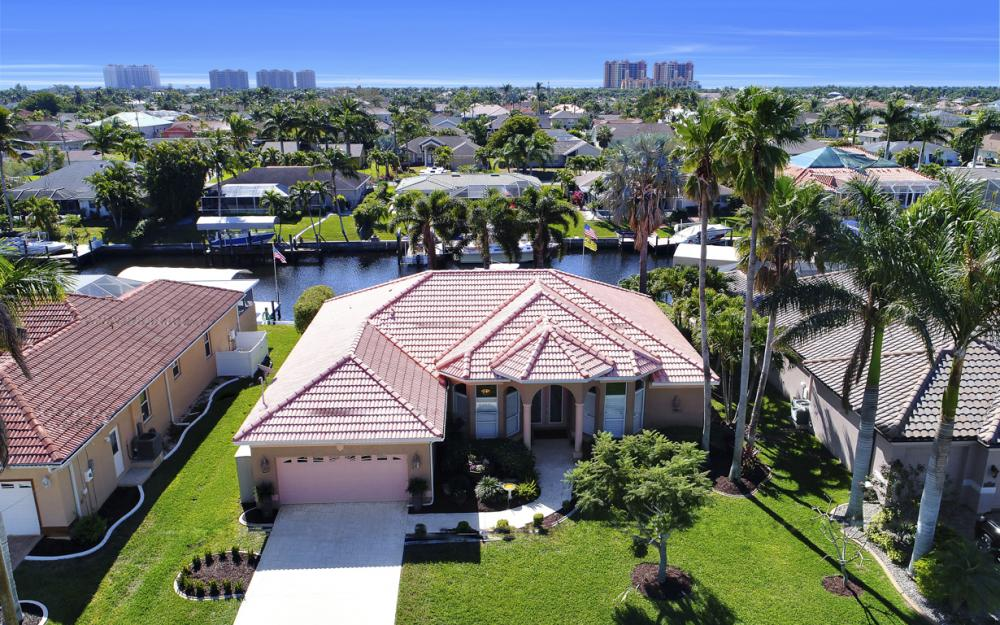 1520 SW 51st Ln, Cape Coral - Home For Sale 622312710