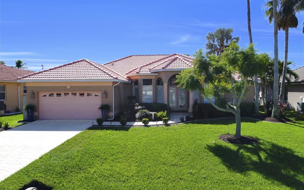 1520 SW 51st Ln, Cape Coral - Home For Sale 906082942