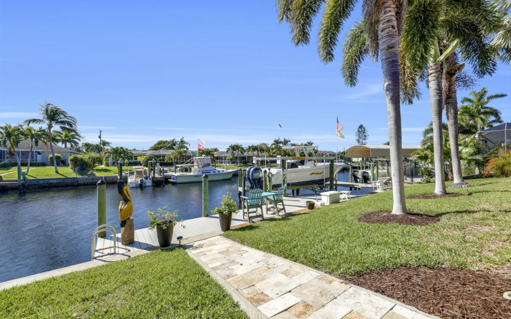 1520 SW 51st Ln, Cape Coral - Home For Sale 2135807957