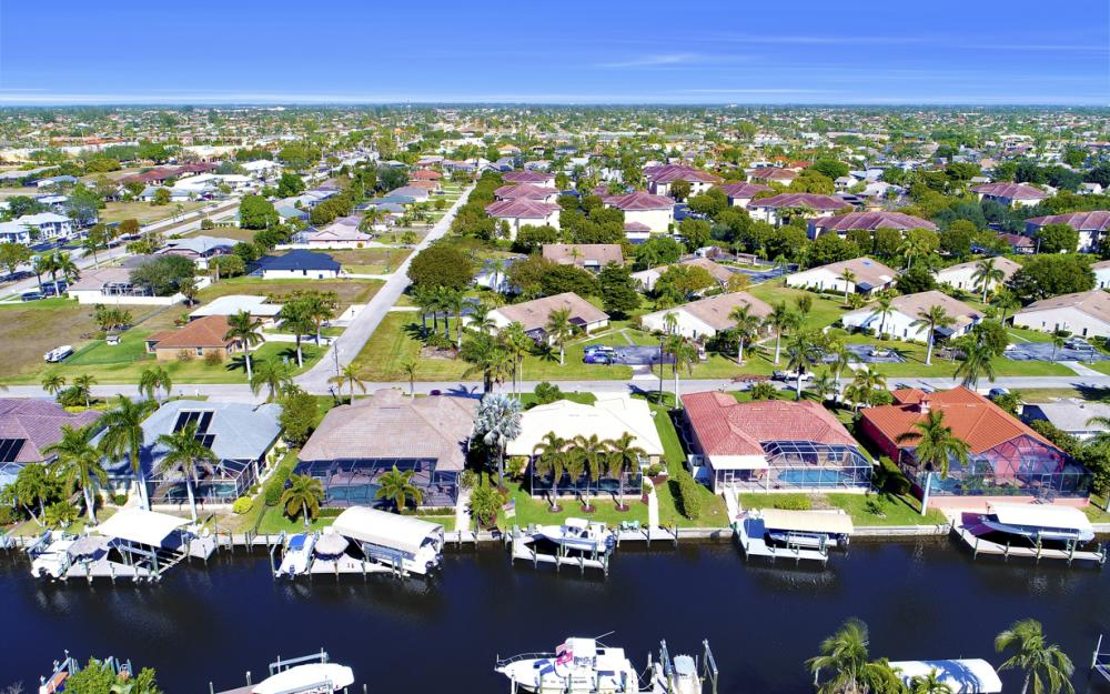 1520 SW 51st Ln, Cape Coral - Home For Sale 1052941851