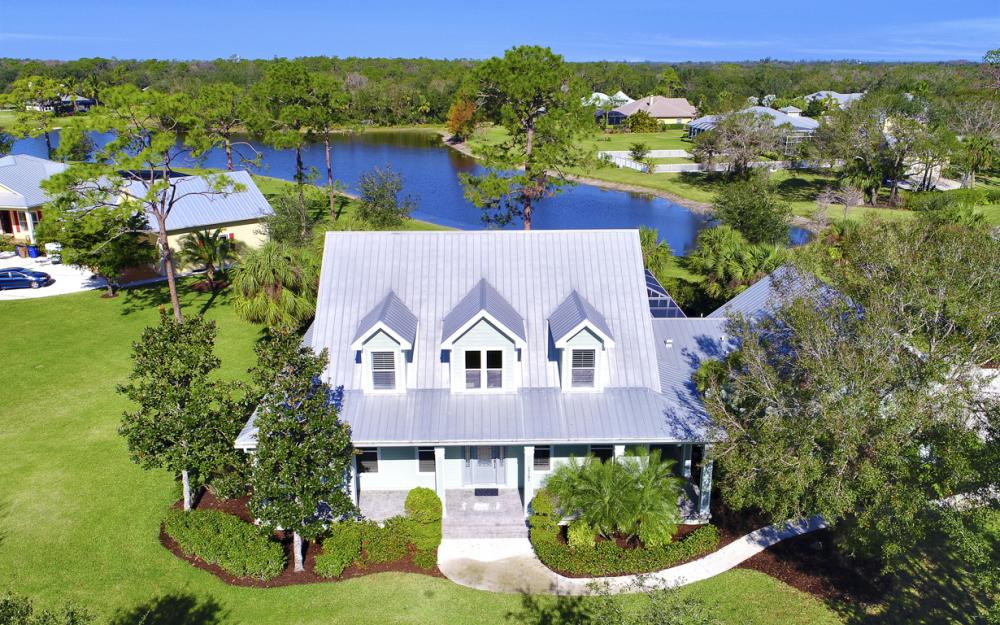 12101 Nokomis Ct, Fort Myers - Home For Sale 1926402348