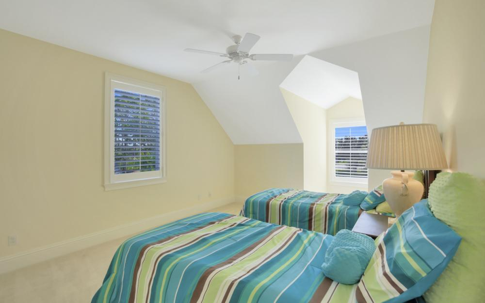 12101 Nokomis Ct, Fort Myers - Home For Sale 764692090