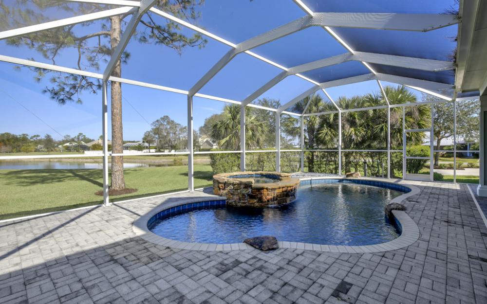 12101 Nokomis Ct, Fort Myers - Home For Sale 933317859