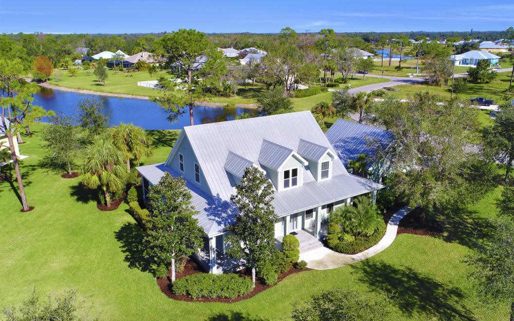 12101 Nokomis Ct, Fort Myers - Home For Sale 113741405