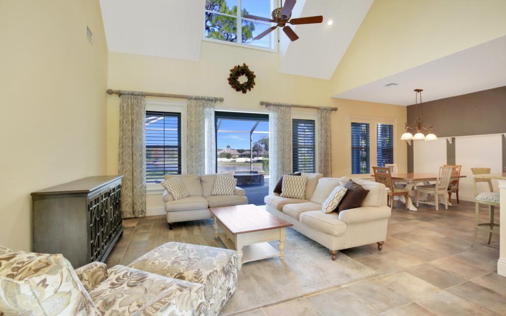 12101 Nokomis Ct, Fort Myers - Home For Sale 621367772