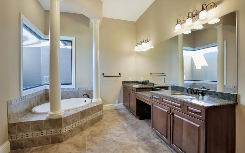 4070 Horse Creek Blvd, Fort Myers - Home For Sale 170684634