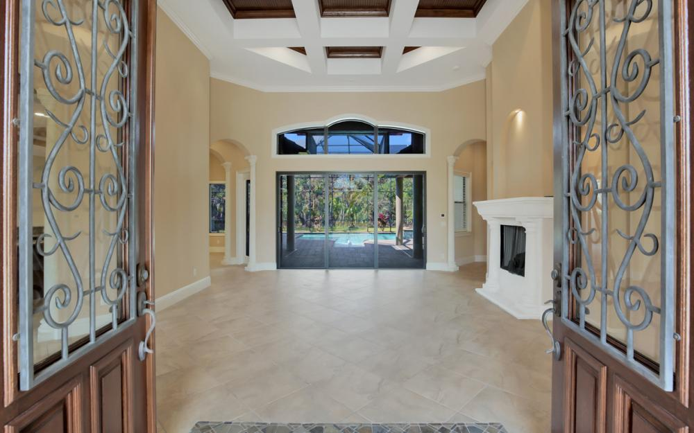 4070 Horse Creek Blvd, Fort Myers - Home For Sale 1223460736