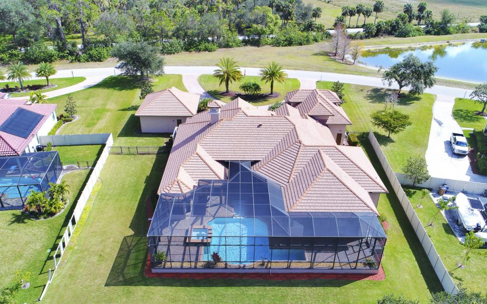 4070 Horse Creek Blvd, Fort Myers - Home For Sale 903840247