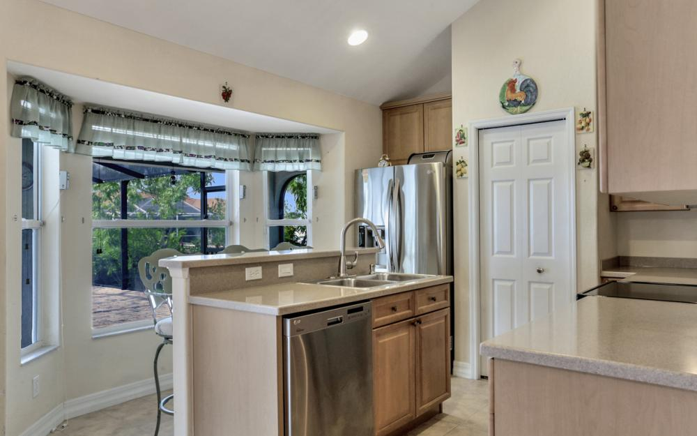 400 SW 29th Ave, Cape Coral - Home For Sale 639699245