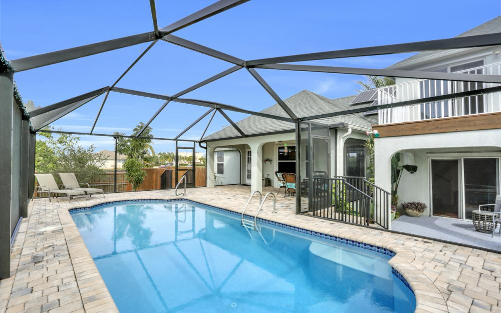 400 SW 29th Ave, Cape Coral - Home For Sale 522950324