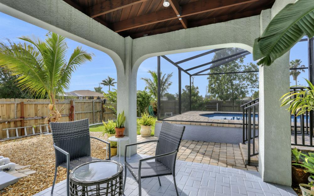 400 SW 29th Ave, Cape Coral - Home For Sale 983064465