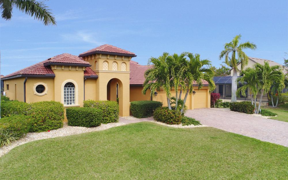 2211 SW 52nd Ln, Cape Coral - Home For Sale 1898972990