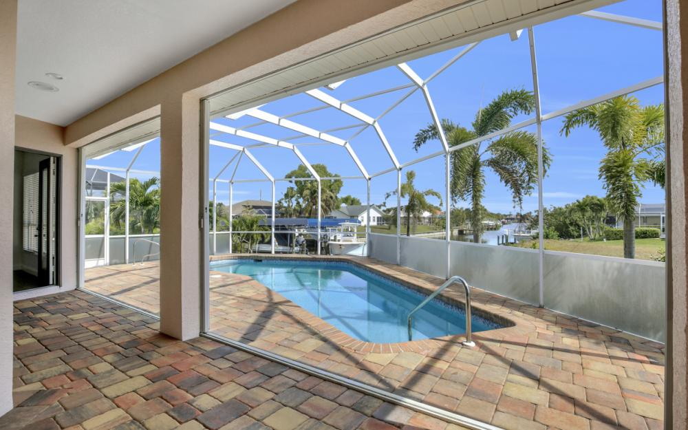 3815 Surfside Blvd, Cape Coral - Home For Sale 921253370