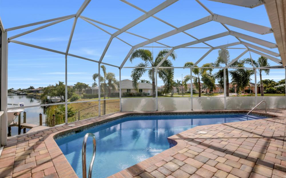 3815 Surfside Blvd, Cape Coral - Home For Sale 1370066554
