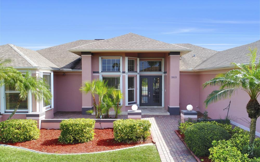 3815 Surfside Blvd, Cape Coral - Home For Sale 514905652
