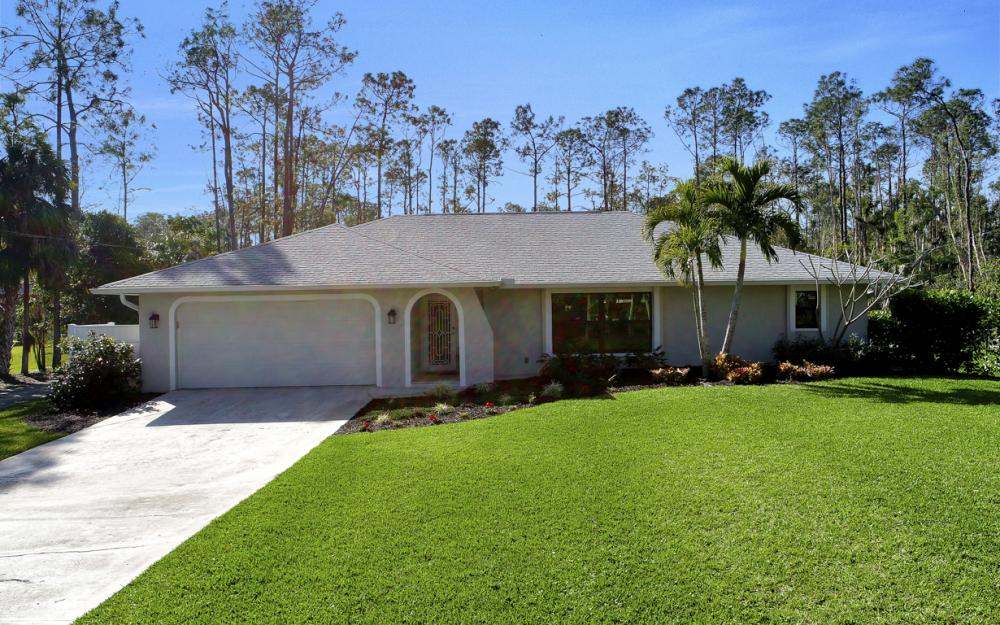 5260 Mahogany Ridge Dr, Naples - Home For Sale 2007601050