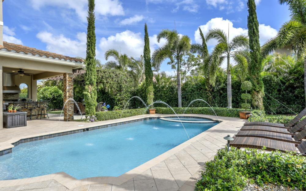 3159 Pacific Dr, Naples - Home For Sale 1149264323