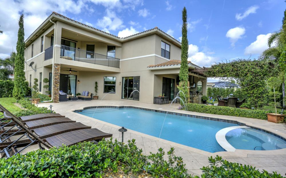 3159 Pacific Dr, Naples - Home For Sale 241660591