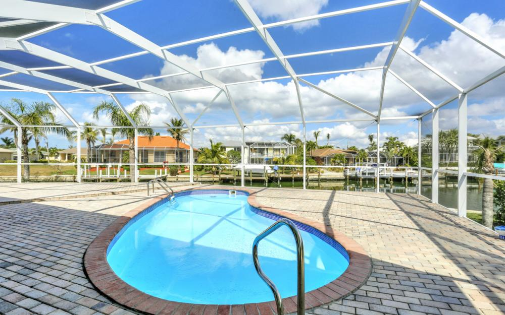 335 Cottage Ct, Marco Island - Home For Sale 300210819