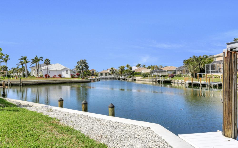 335 Cottage Ct, Marco Island - Home For Sale 1698395460