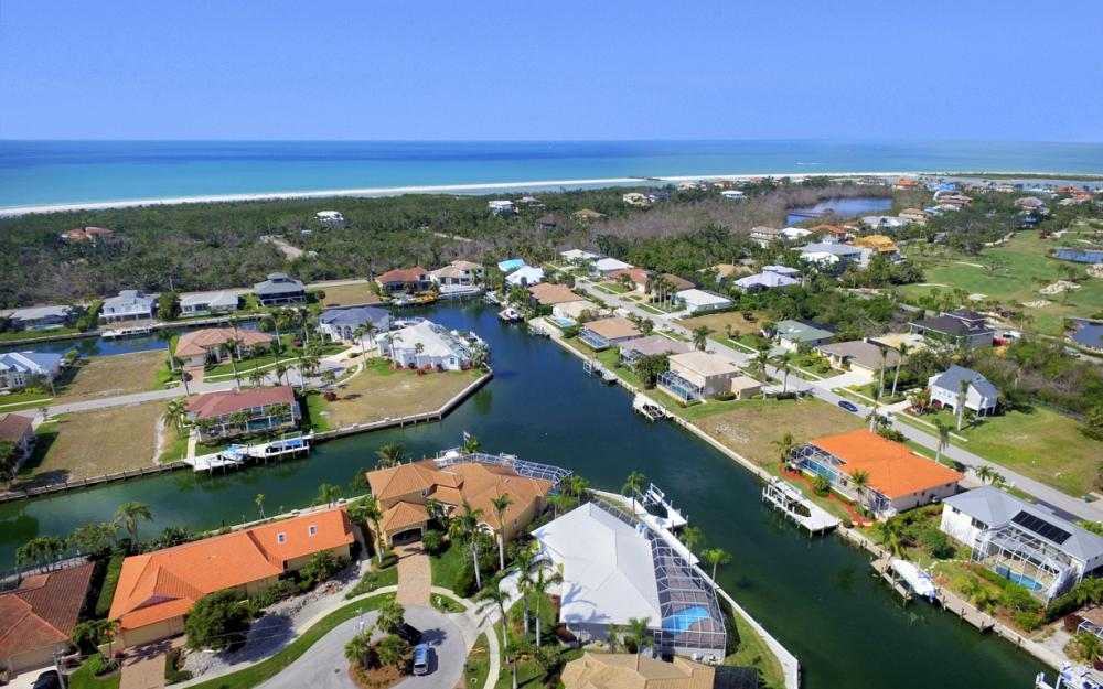 335 Cottage Ct, Marco Island - Home For Sale 881507990