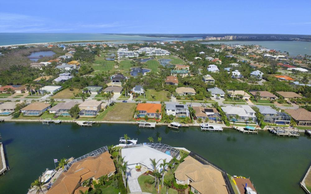 335 Cottage Ct, Marco Island - Home For Sale 1345768114