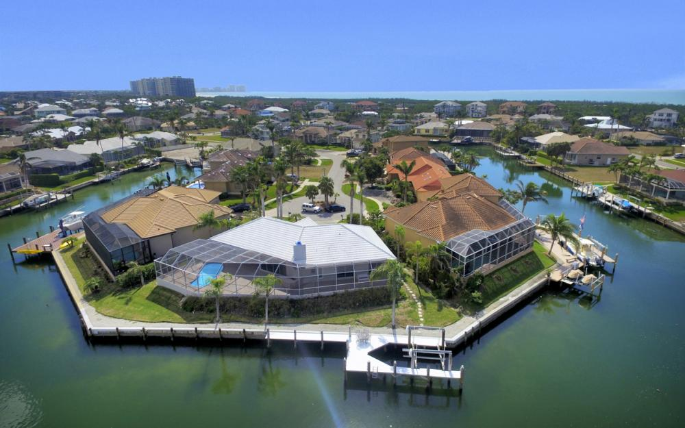335 Cottage Ct, Marco Island - Home For Sale 1827359462