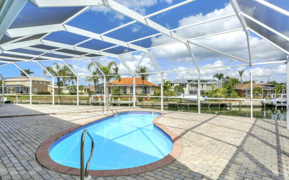 335 Cottage Ct, Marco Island - Home For Sale 1097371335