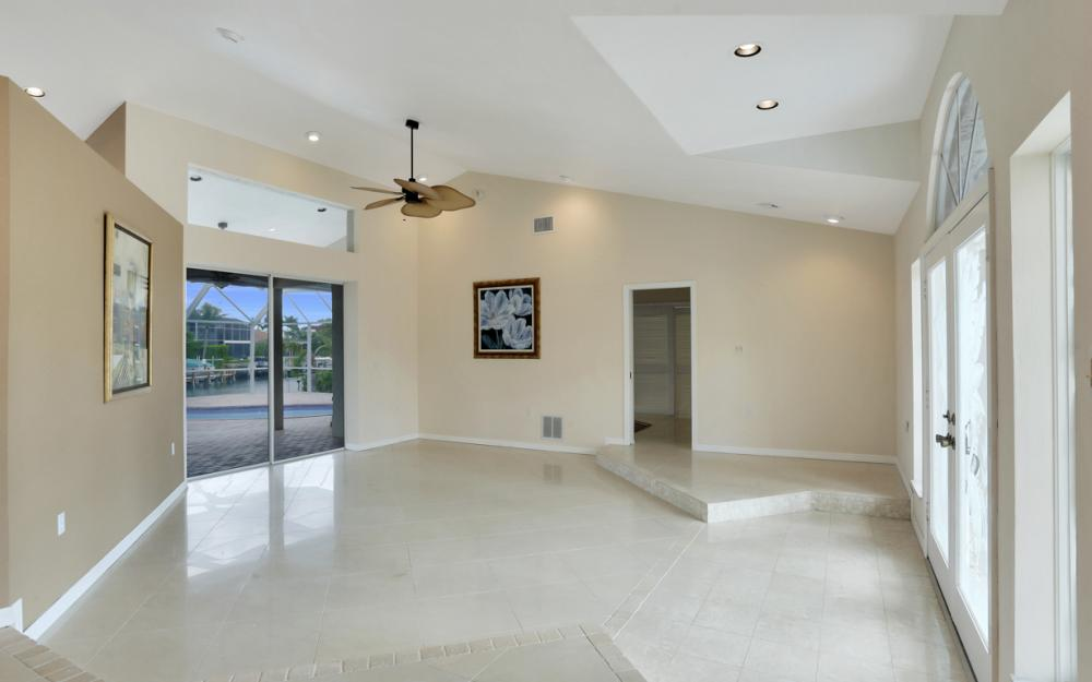 335 Cottage Ct, Marco Island - Home For Sale 1636266214