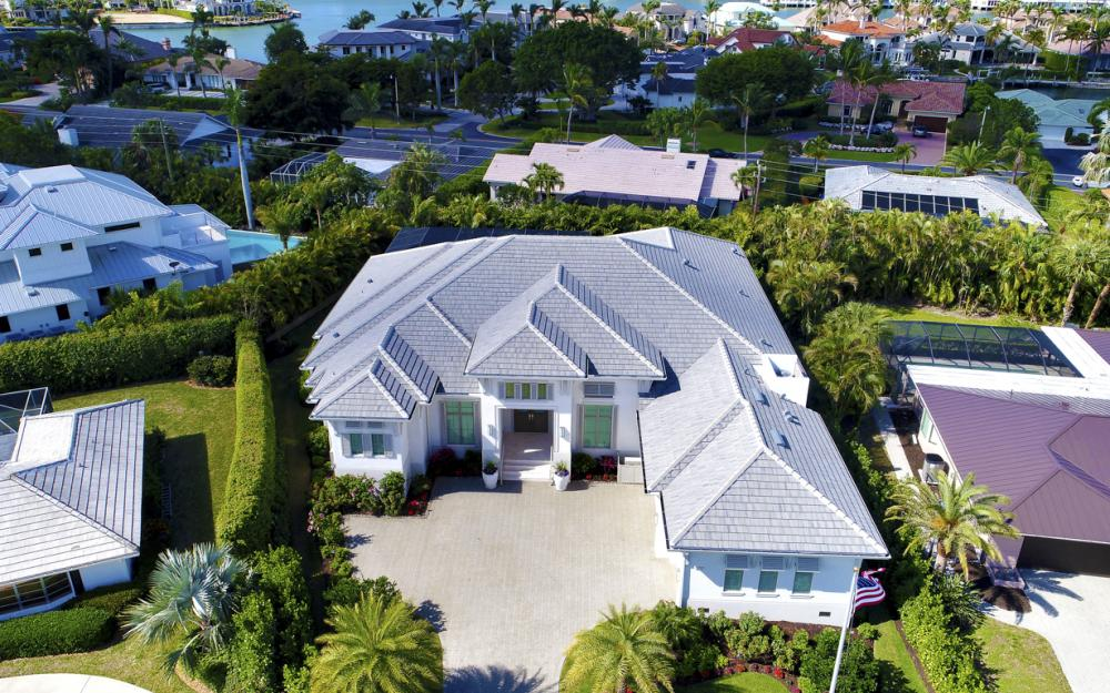 3717 Fountainhead Ln, Naples - Home For Sale 2118488301