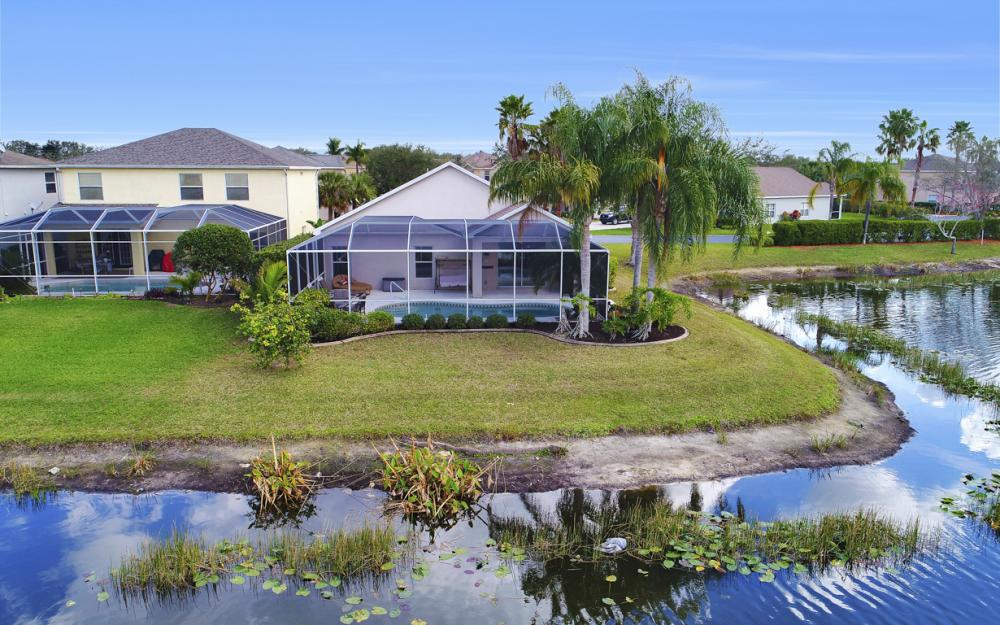 9025 Falcon Pointe Loop, Fort Myers - Home For Sale 1303949452