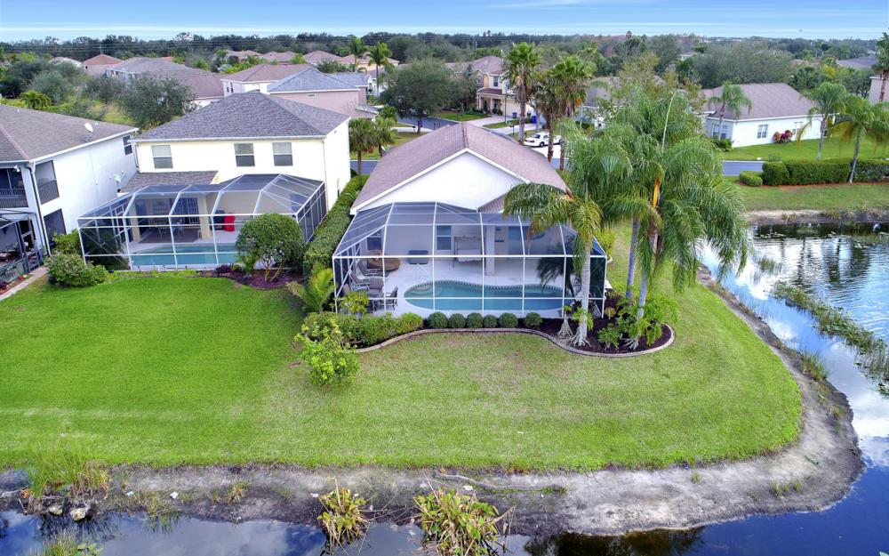 9025 Falcon Pointe Loop, Fort Myers - Home For Sale 448784890