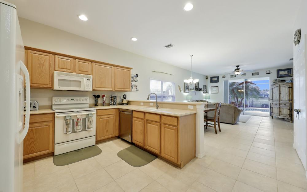 9025 Falcon Pointe Loop, Fort Myers - Home For Sale 370902368