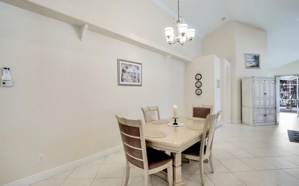 651 106th Ave N, Naples - Home For Sale 662999491