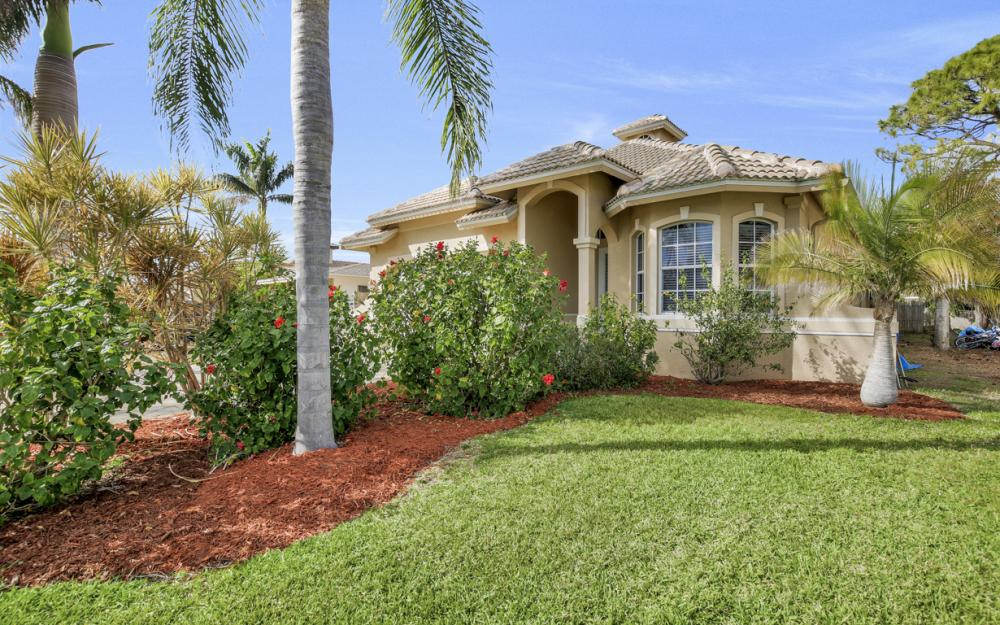 651 106th Ave N, Naples - Home For Sale 1132068657