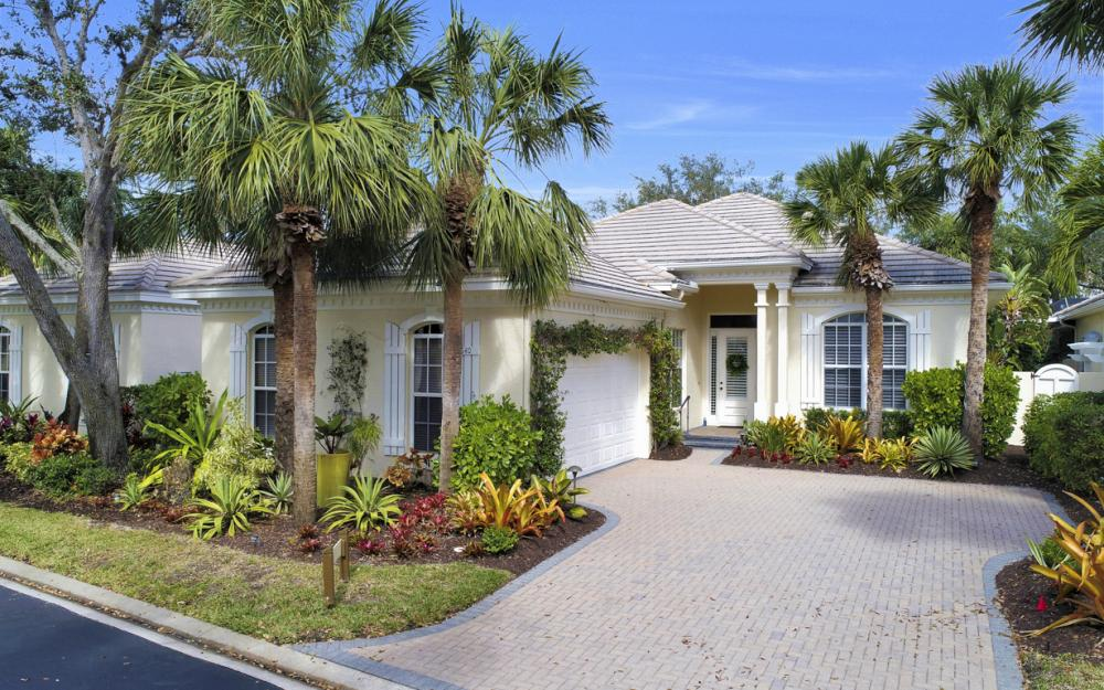 3640 Olde Cottage Ln, Bonita Springs - Home For Sale 1093725015