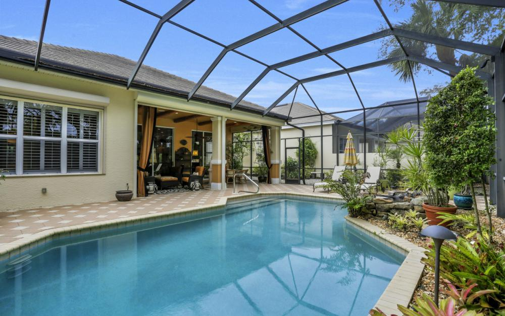 3640 Olde Cottage Ln, Bonita Springs - Home For Sale 1305172527