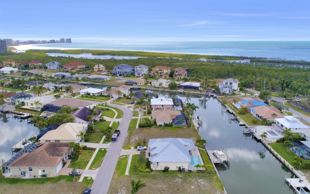327 Henderson Ct, Marco Island - Lot For Sale 546007339