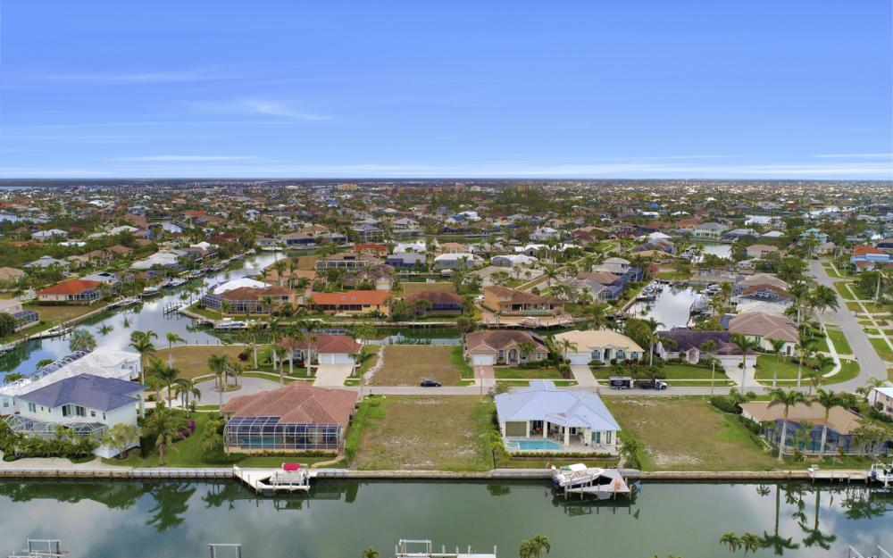 327 Henderson Ct, Marco Island - Lot For Sale 458552940